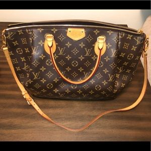 🔥 🔥Louis Vuitton Canvas Turenne Bag GM crossbody